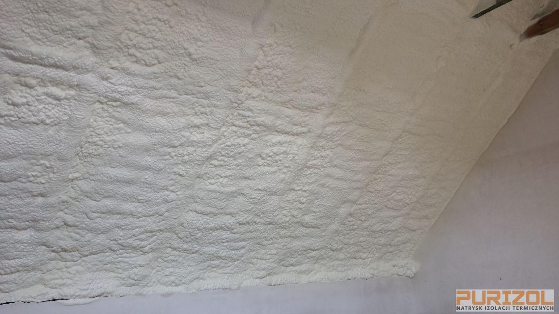 ocieplenie dachu piank pur grodyisk mayowiecki
